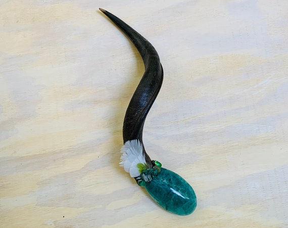 Antelope, Fluorite, Malachite, Serpentine, Seraphinite, Chrysoprase, Emerald, Epidote, Ruby, Garnet Shamanic Healing Wand Magic, Reiki, OOAK