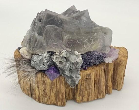 Palo Santo, Fluorite, Calcite, Galena, Tourmaline, Agate, Amethyst, Lepidolite, Charoite, Hematite, Amber, Shamanic Healing Altar Piece