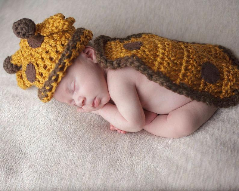 Newborn Baby Giraffe Photo Prop  Photography Props  Giraffe image 0