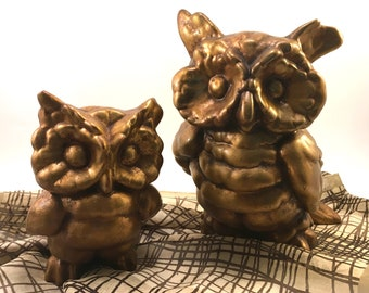 Pair owl and owlette decorative retro vintage figures antique gold on hollow terra cotta bisque