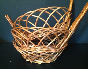 set of 3 vintage wicker baskets with handle