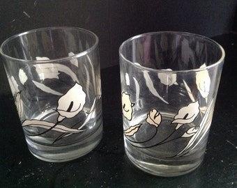 vintage set of four mid-century Calla lily white & black high ball on the rocks drinking liquor bar glasses