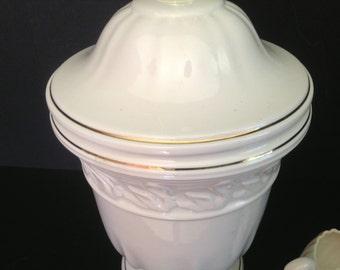vintage ceramic lamp ivory swan base and gold trim
