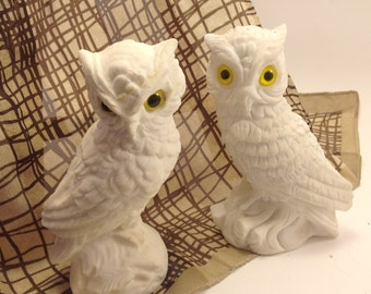 "pair vintage calcite alabaster stone woodland owl figures yellow eyes marked 'Italy"" with artist's initials"