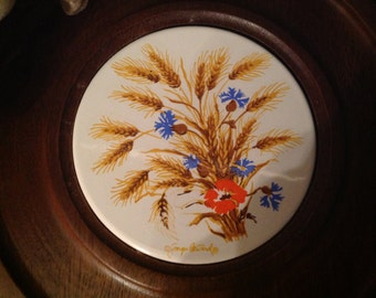 vintage l970's Georges Briard ceramic on wood cheese and cracker board tray server