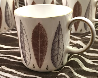 6 Susie Cooper midcentury England bone china espresso cups Hyde Park botanical leaf pattern browns & grays gold rim and trim on handle