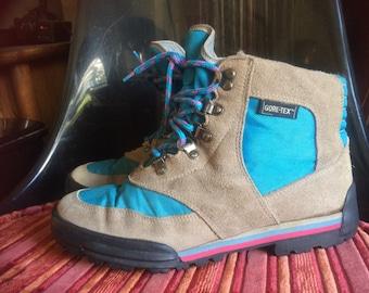 5eb5bbfa7f0e Vintage 1990 Danner Gore-Tex Hiking Boots