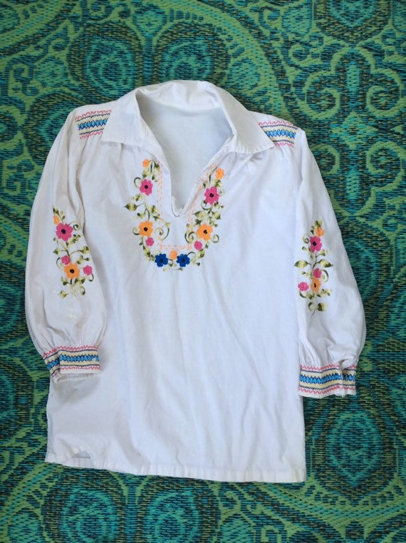 Vintage 60s Embroidered Tunic Top
