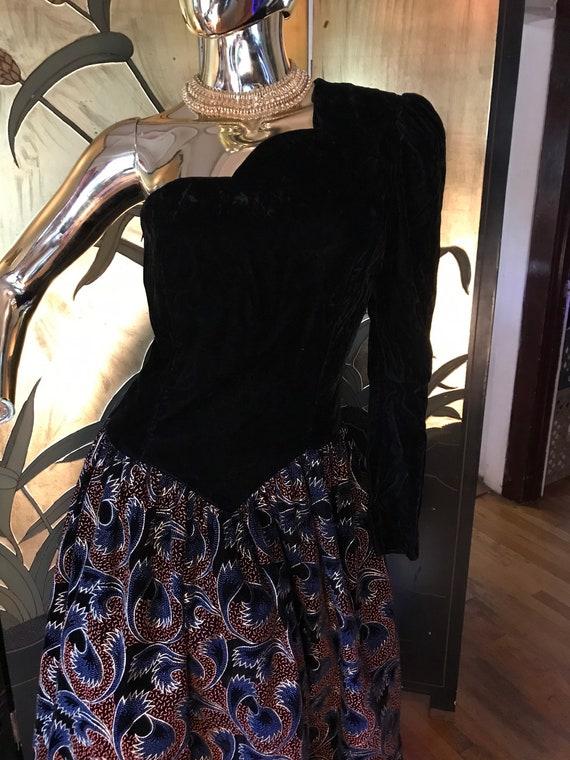 Vintage Gunne Sax one shoulder Dress - image 3
