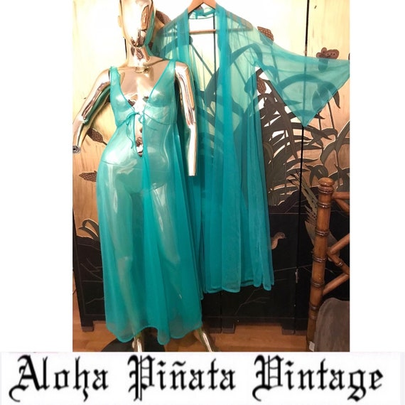Vintage Nightgown Peignoir Set