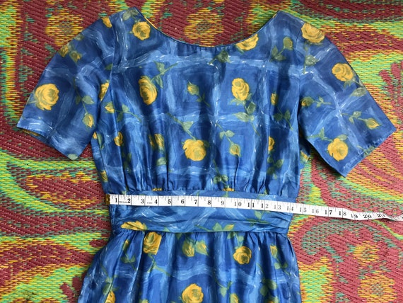 Vintage Dress Yellow Roses - image 2