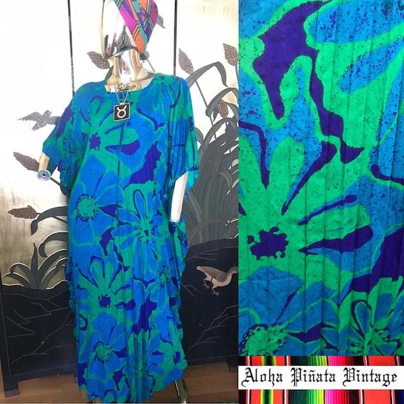 Vintage Hawaiian Pleated Accordion Caftan Dress by