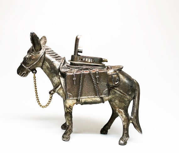 1950s Push Button Donkey / Burrow Shaped Lighter