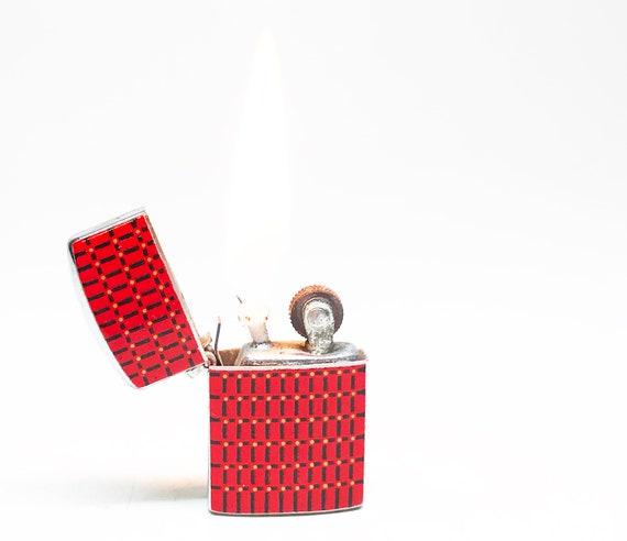 Mini 1950 Red Pendant Lighter