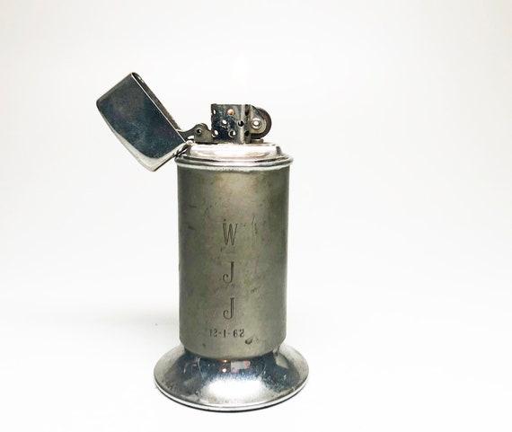 Zippo Moderne 1962 Table Lighter