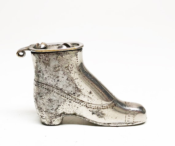 1912 MEB Boot-Shaped Lighter