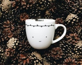 Smiling with white leaves 300 ml Mug