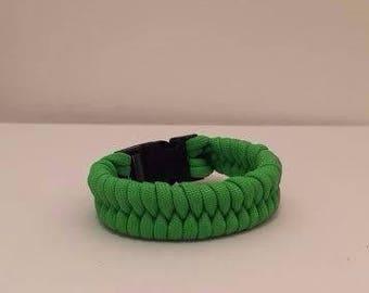 550 Paracord Survival Bracelet: Fishtail Pattern (Customize)