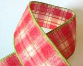 Plaid Christmas Ribbon Re...