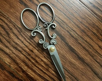 Cross Stitch and Embroidery Scissors, Antique Silver Small Sewing Scissors, Stainless Steel Vintage Decorative Scissors
