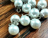 Pearl Shank Buttons, Vint...