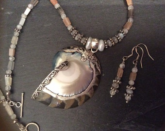 Peach Moonstone & Pearl Nautilus Shell Silver Necklace Set