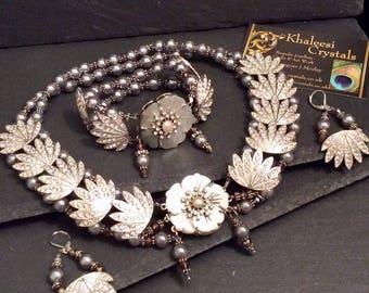 Art Deco Design Pearl & Rhinestone Crystal Necklace Collar Set Vintage Inspired