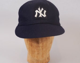 a0ec0ae1deda1 70s New York Yankees Wool Baseball Cap