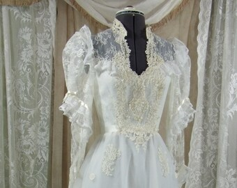 Vintage Victorian White Gown with Cathedral Train and Bustle, Size 2