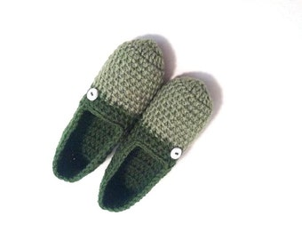 Crochet Slippers, Extra Thick Cozy Slippers, Green Chunky Indoor Slippers by Vikni Designs