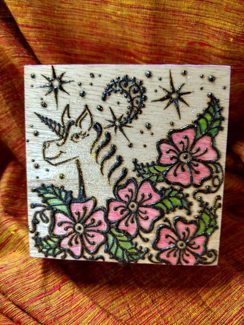 Unicorn sparkle box