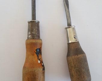 Antique Bridgeport Screwdriver 18 Vintage Wood handle wBrass Handle Sleeve Bridgeport HDWE MFG CORP