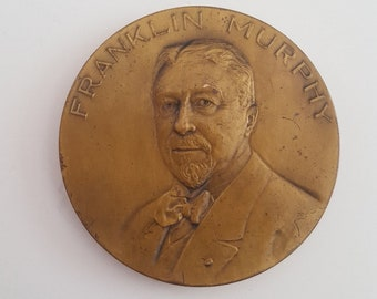 Antique 50th Anniversary commemorative medallion of The Murphy Varnish Co 1865-1915, awesome imagery