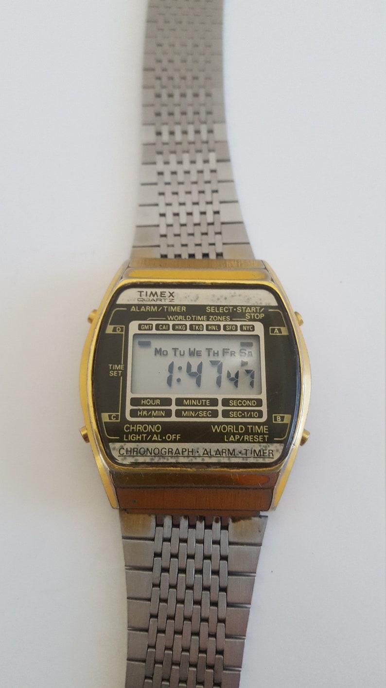 cd16ad62b8ec Vintage circa 1980 Timex World Timer digital