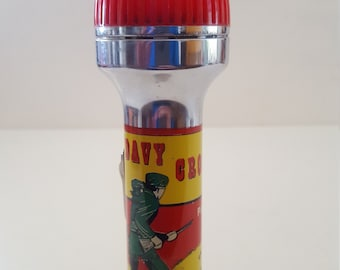 Vintage 1950 Davy Crockett Pathfinder Flashlight, kids camping, Grizzly bear. King of the Wild Frontier. Made in USA
