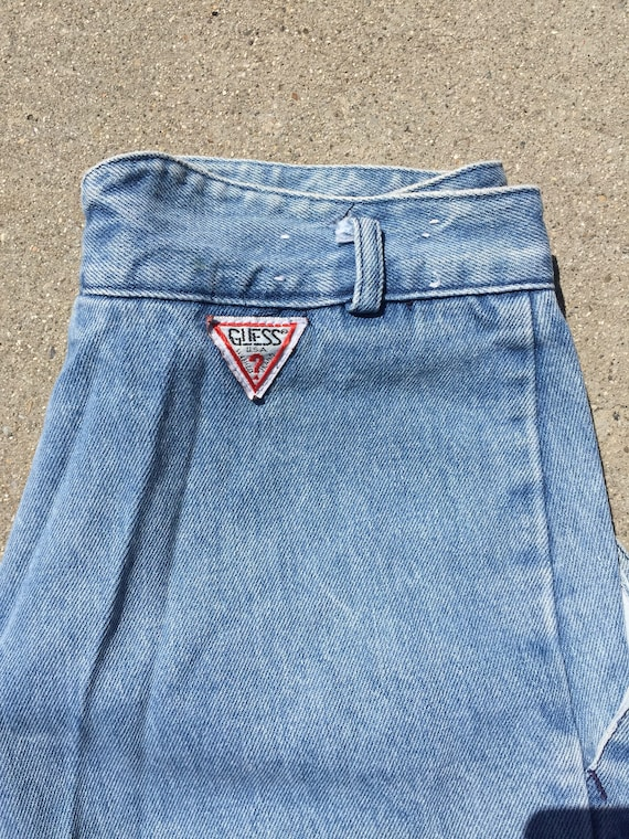 90s Guess Jeans: Baggy Cuffed Up Lightwash Jeans/… - image 4