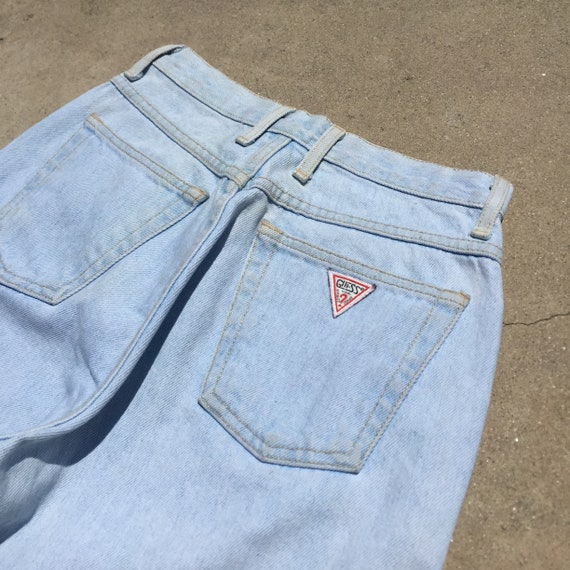 Vintage Guess Jeans // light wash jeans//high wai… - image 4