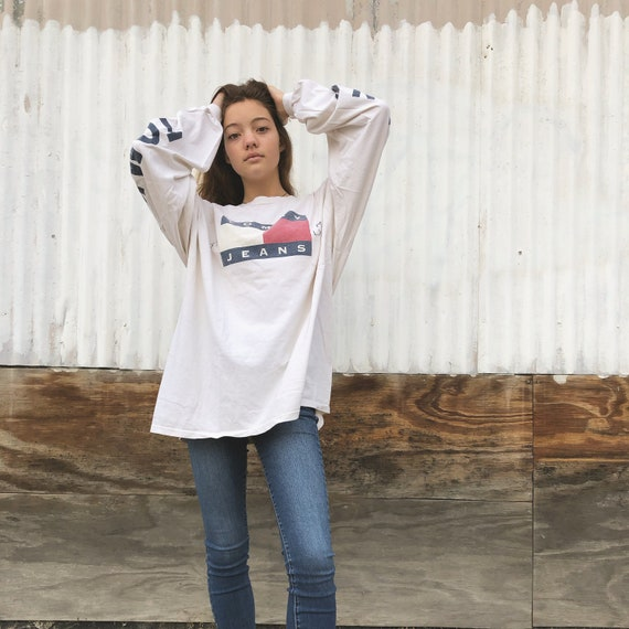 90s Tommy Hilfiger Long Sleeve // tommy spellout/… - image 1