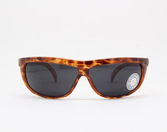 dbb99bad48df Linda Farrow sunglasses