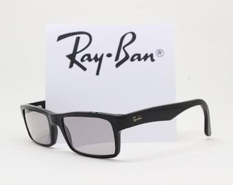 90c4286eda3 Ray Ban Wayfarer glasses. Classic black frame. Horn rimmed spectacles.  Raybans