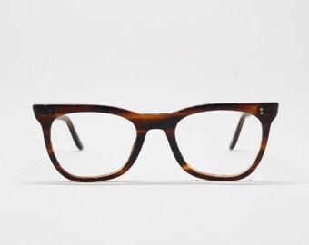 2d549f733d 50s horn rim glasses