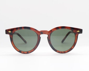 87f7e4a8f97b 90s vintage sunglasses. NOS tortoise round frame with green lenses. Made in  Italy. Wayfarer. 1930 s style. Mens. Womens.