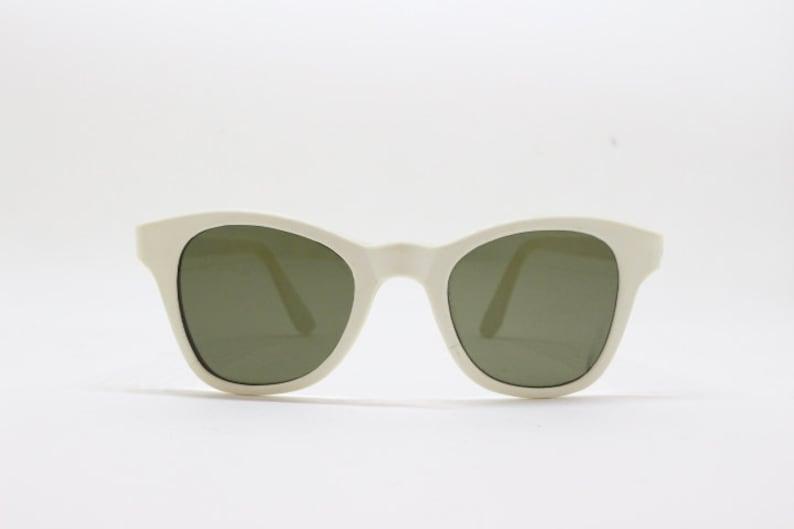 e23bf8a9cff5 Cat eye sunglasses vintage 50s white wayfarer style horn