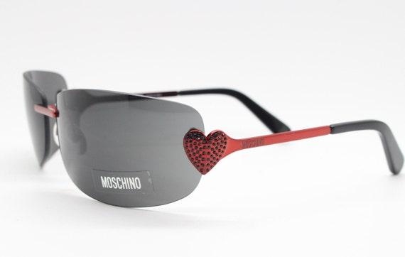 Moschino diamante red heart Y2K sunglasses. Vintag