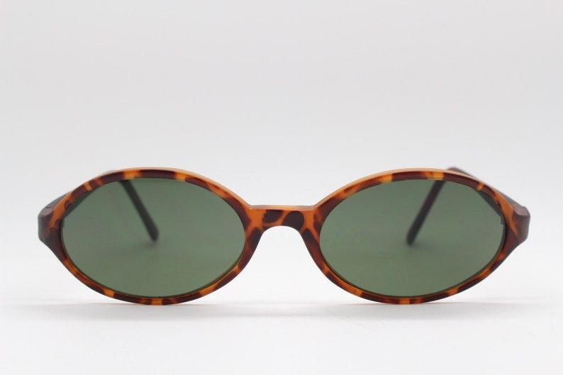 Unused NOS 90s vintage oval sunglasses BNWT Tortoise 30s style matt finish frame with green lenses