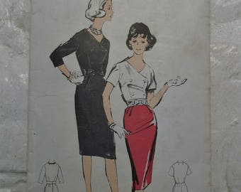 """Fab late 1950s wiggle dress pattern w/double breasted closure  bust 36"""" pinup perfect"""
