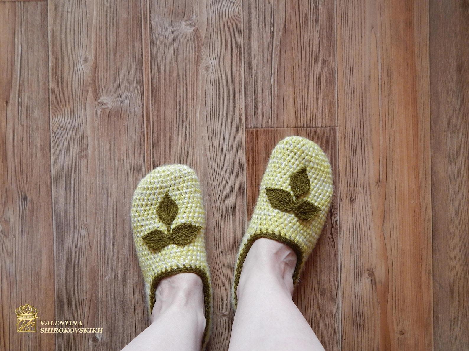 knitted female ballet shoes - knit slippers - crochet slippers for ladies - granny square - women's slippers - handmade hous