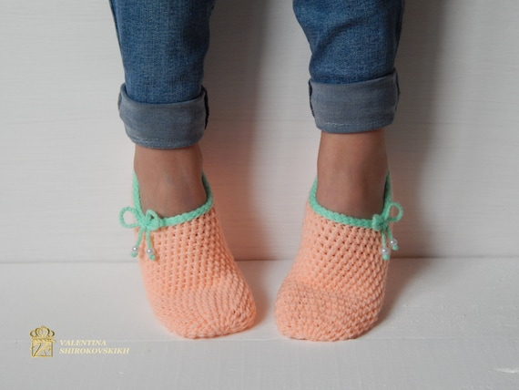 Slippers WOMAN Crochet shoes Crochet Slippers SLIPPERS Knitted Home shoes Women Peach SOCKS slippers x4TOYqATw