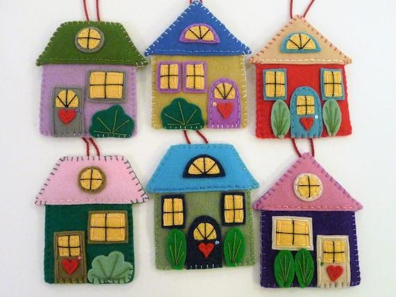 Christmas Houses Village.Felt House Ornaments Set Of Houses Village Decorations Christmas Houses Felt Village Colorful Houses Colorful Decor Friendly Village