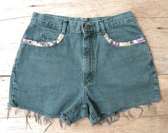 Size 29 Vintage Lee High Waist Denim Cut Off Shorts / Dark Green with Floral Fabric Accents / Lee High Waisted Green Cut Offs / 29 in Waist